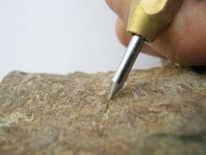 قلم سختی سنج اسید زمین شناسی آهنروبا