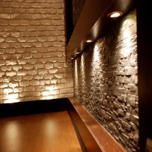 نوسازی و به سازی دیوار و دیوار انتیک و دیوار رویایی