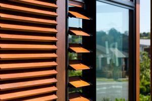 لوور شیدر آفتابگیر فلزی آلومینیومی پنجره و ساختمان