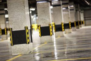 گارد ومحافظ ستون پارکینگ وکار استاپر پارکینگ