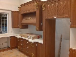 طراحی ، ساخت و نصب انواع کابینت آشپزخانه و محصولات دکوراتیو