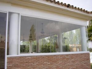 شیشه بالکن پارس کرج / شیشه های ریلی تاشو / پنجره متحرک