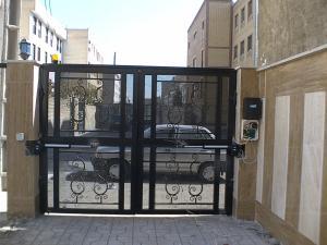 درب اتوماتیک ( فروش ، نصب ، تعمیرات تخصصی)