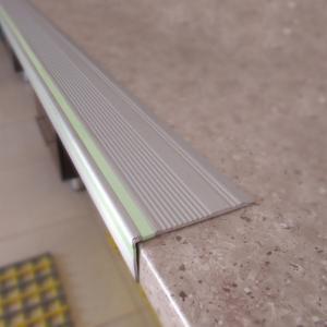 ترمز پله آلومینیومی - استپر پله آلومینومی - ترمزپله