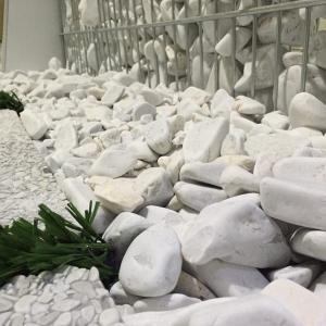 سنگ رودخانه ای ( قلوه سنگ تزیینی )
