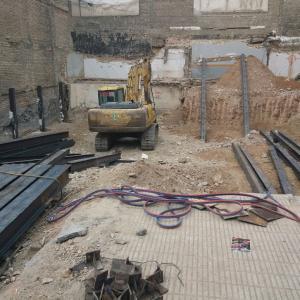 تخریب ساختمان فلزی و بتنی