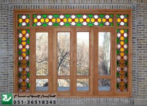 پنجره چوبی سنتی گره چینی مشبک اُرُسی شیشه رنگی