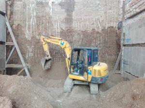 خاکبرداری تخریب-بیل مکانیکی-مینی بیل