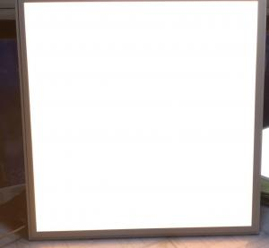 وارد کننده چراغ LED 60*60  مهتابی و آفتابی