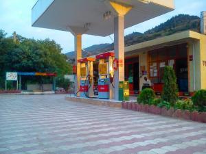 جایگاه پمپ بنزین  گازوییل ممتازفروشی مازندران نمک ابرود