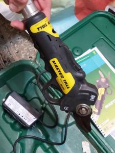 فروش قیچی باغبانی الکتریکی پایه بلند