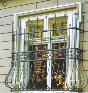 حفاظ پنجره ساده پروفیلی با قوطی آهنی پشت پنجره