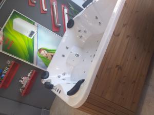 فروش جکوزی وان کابین حمام سونا در آمل