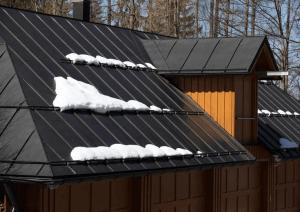 سیستم ذوب برف هوشمند در سقف- افزایش طول عمر پوشش سقف ها